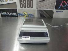 Mettler toledo weigh scale, model pg2002-s, max 2100g; min 0. 5 g.