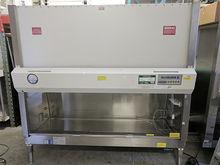 Baker SG-600 Biosafety Cabinet