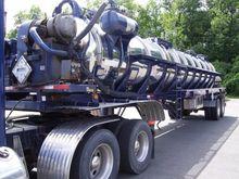 2006 PRESVAC 5000 Gallon Stainl