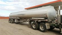 1995 YOUNGS 9,200 GAL/AIR RIDE/
