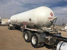1981 DALWORTH 10,500 Gallons 25