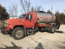 Used 1993 FORD F700