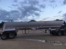 2015 TRAVIS 39' End Dumps w/ Li