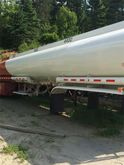 2004 BRENNER 9,600 GAL/AIR RIDE