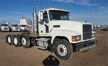 Used 2004 MACK CHN61