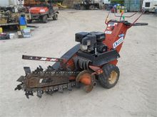 2004 DITCH WITCH 1030H