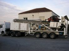 Soilmec G 75 on trailer