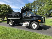 2006 FORD F650 XLT SD