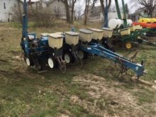 Used Kinze 6 Row 11 Planter For Sale Kinze Equipment More Machinio