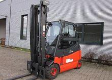 Used 2008 Linde E25/