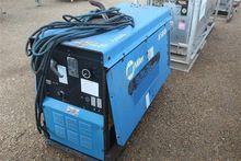 MILLER BIG BLUE 251D