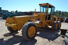 Used DEERE 570A in L