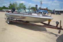 LOT # 3366 - 15' FISHING BOAT W