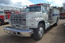 Used 1983 FORD 8000