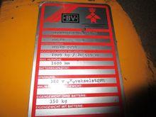 1990 HANDLING-MATERIAL ELECTRIC