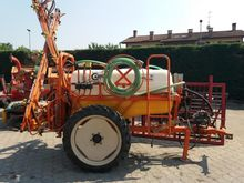 1995 Carpi Trailed sprayer