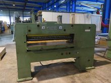 Josting Cross Veneer Guillotine