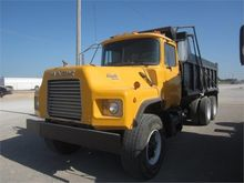 1995 Mack Trucks DM690S