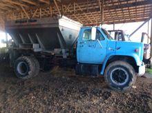 1982 GMC fert. truck