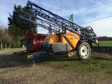 2005 Caruelle Trailed sprayer
