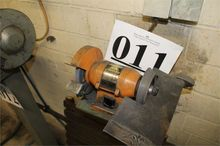 Drill Grinding Machine (Lot 11)