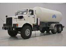 1989 Volvo N10 - 6x4 Watertank
