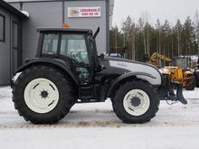 Valtra T160 back-up equipment