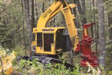 2017 Komatsu Forest XT445L-3 63