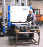 COSTA machine for deburring bla