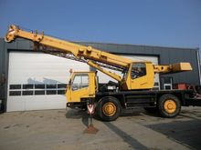 Used 25t crane crane