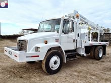 2001 FREIGHTLINER / TELELECT CO
