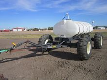 Yetter 1600 All-Steer Fertilize