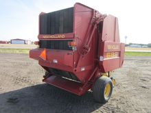 2001 New Holland 688 Round Bale