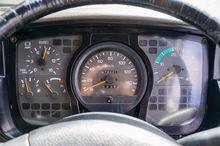 2000 UD MK210 FURNITURE - TA...