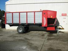 Metal Fach T676 Silage Wagon Ba