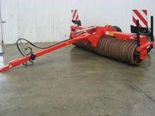 Quivogne RSR320 Pasture Roller
