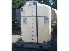 Polypropylene 900 gallon tank w