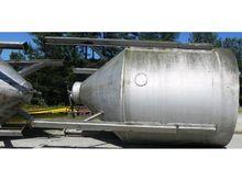Used 5,500 Gallon Ta