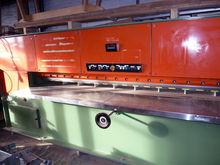 Savi HFK 3.2m Hydraulic Veneer
