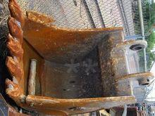 Bucket : HENSLEY