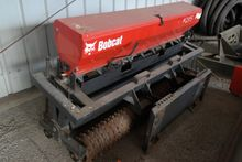 BOBCAT 72SDR SEEDER