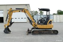 2010 CATERPILLAR 305D CR