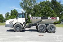 2011 TEREX TA250