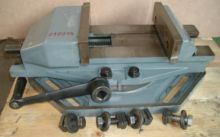 RÖHM UZ 5 Bench vice/Tensioning