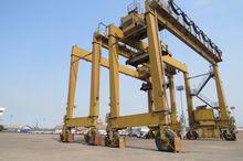 1992 Paceco Transtainer Crane