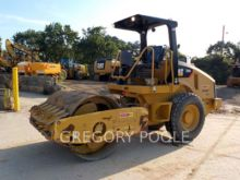 2011 CATERPILLAR CS-44