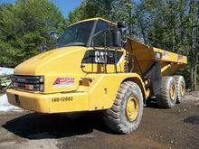 2007 CATERPILLAR 725