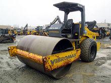 2004 VIBROMAX 1105D