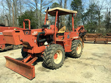 2000 DITCH WITCH 8020T