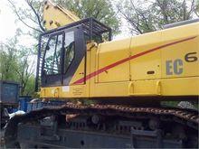 2001 NEW HOLLAND EC600